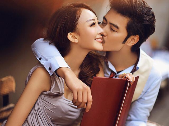 Anh ấy biết bạn thích thứ gì, bài hát yêu thích, món ăn sở trường…. của vợ. Chừng đó đủ để làm cho người vợ hạnh phúc vô cùng. (Ảnh minh họa)