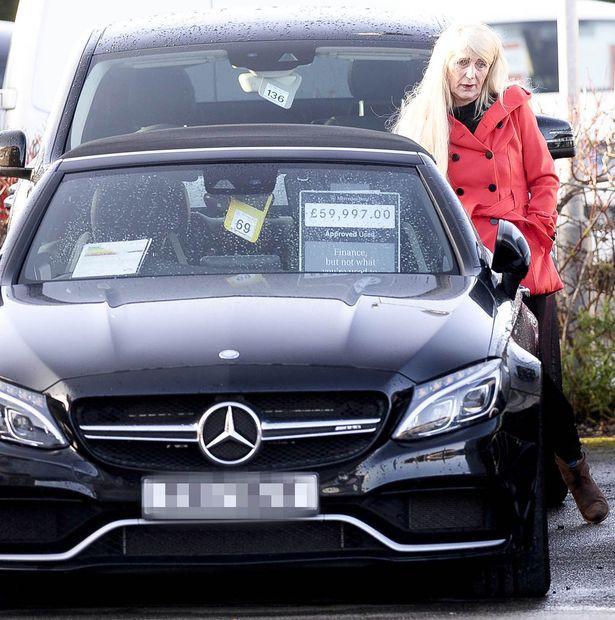 Bà Melissa vốn là một người lái taxi bất ngờ trúng số độc đắc.