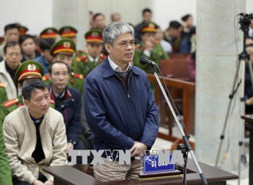 Bị cáo Nguyễn Xuân Sơn (nguyên Phó TGĐ PVN) đã dành nhiều thời gian để nói hộ các bị cáo khác.