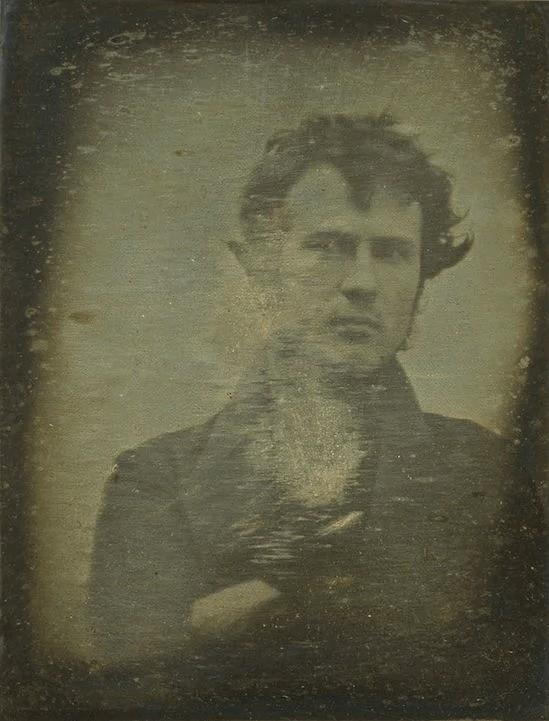 Ảnh tự sướng của Robert Cornelius – bức ảnh tự sướng đầu tiên được chụp tại Mỹ