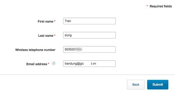 Hướng dẫn unlock iPhone AT&T: Tiếp theo chúng ta sẽ phải nhập họ, tên, số điện thoại và địa chỉ email rồi chọn Submit. Số điện thoại ở đây phải là số điện thoại của nhà mạng AT&T có 10 chữ số, bạn có thể nhập dãy số bất kỳ.