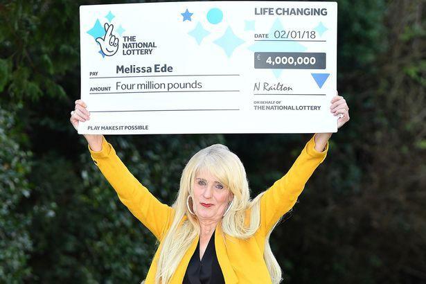Bà Melissa bất giờ trúng xổ số với số tiền thưởng khổng lồ.