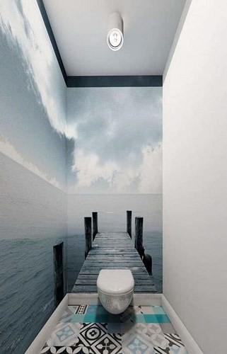 Tạo không gian rộng bằng hình ảnh: Bằng việc tận dụng những góc nhìn, không gian nhà vệ sinh nhỏ sẽ rộng rãi hơn. Tuy nhiên, bạn chỉ nên áp dụng tối đa trên 2 bức tường để đạt được hiệu quả tốt nhất.