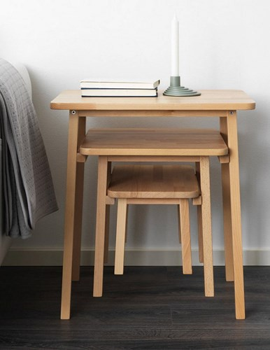 Bàn xếp chồng: Những chiếc bàn xếp chồng có thể tháo rời thành 3 chiếc bàn có độ cao khác nhau, phù hợp cho nhiều đối tượng, lứa tuổi.