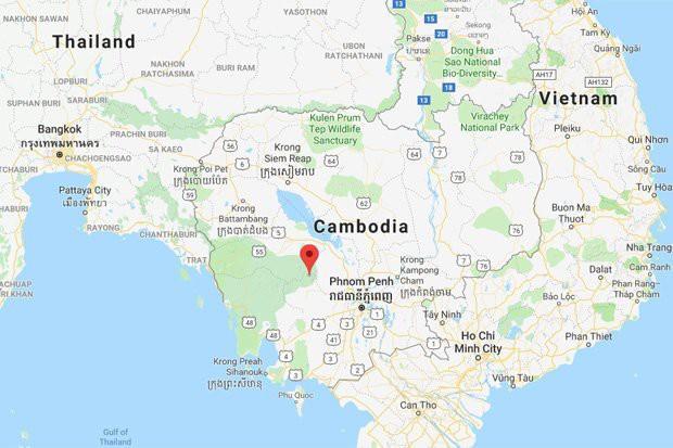 Phát hiện mới cho rằng MH370 nằm sâu trong rừng Campuchia, 62 dặm về phía tây bắc của thủ đô Phnom Penh.