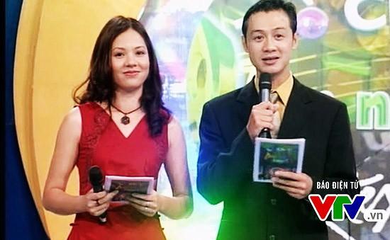 Diễm Quỳnh và Anh Tuấn từng được yêu thích đến nỗi bị khán giả gán ghép có tình cảm khi dẫn chung trong MTV và Trò chơi âm nhạc.