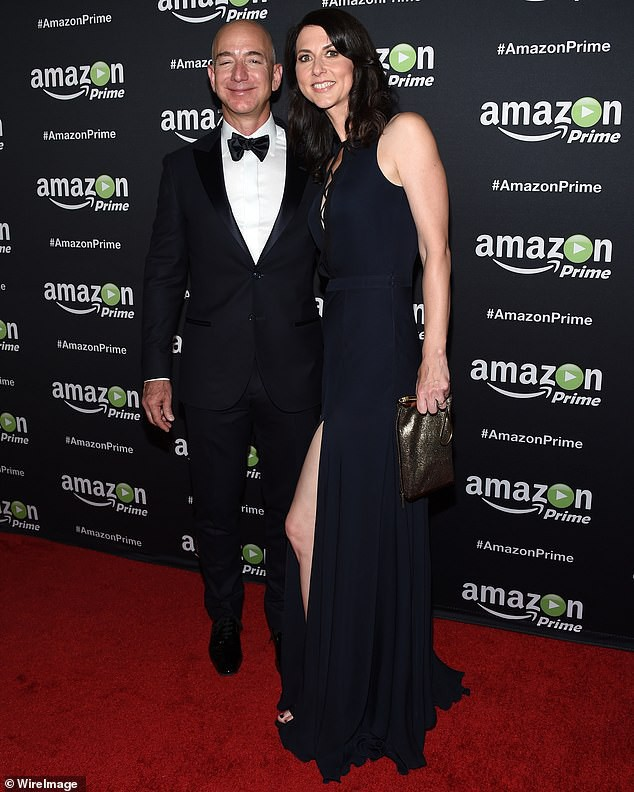 MacKenzie Bezos đã ở bên chồng khi ông đặt viên gạch đầu tiên xây dựng đế chế Amazon.