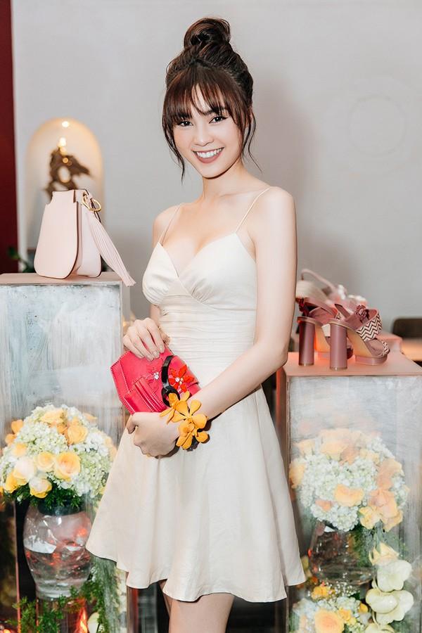 Ngoài diễn xuất, Ninh Dương Lan Ngọc còn đang là chủ của một spa, quán chè tại TP.HCM.