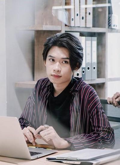 Quang Trung góp vai phụ trong Chị trợ lý của em.