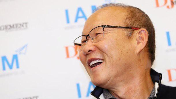 Ông hứa sau Asian Cup sẽ cùng tuyển Việt Nam có tin tốt hơn nữa để đáp lại sự quan tâm và yêu thương từ truyền thông cũng như người hâm mộ quê nhà