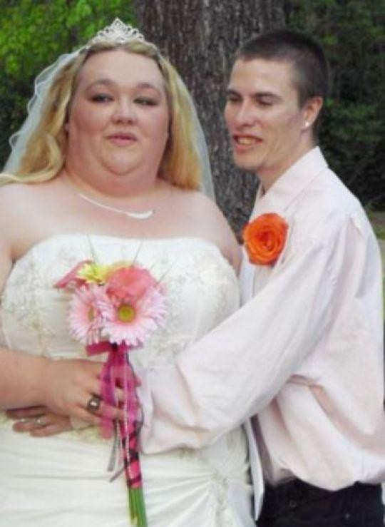Zachary Holly và vợ trong ngày kết hôn.
