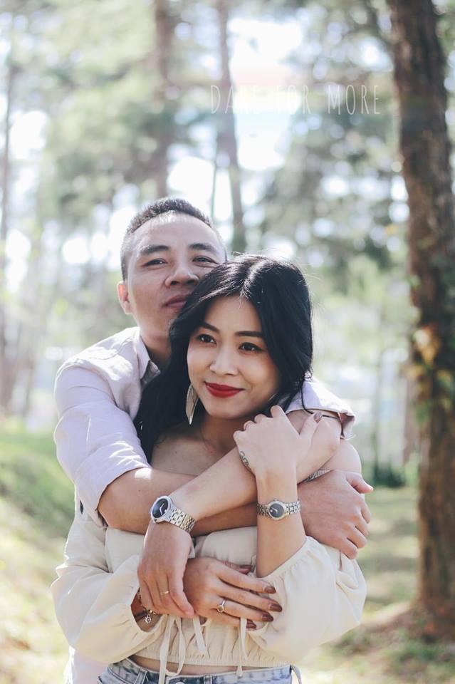 Sau sự việc đó, Nguyễn Mạnh Hùng công khai nói lời xin lỗi vợ trên Facebook và MC Hoàng Linh nhanh chóng tha thứ cho chồng mình.