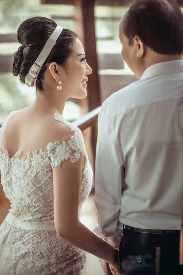 Những bức ảnh cưới được chụp tại Thái Lan của Đinh Hiền Anh và Thứ trưởng Huỳnh Quang Hải
