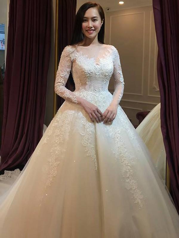 Vẻ đẹp của cô dâu 9x sắp làm đám cưới vào ngày 19/1.