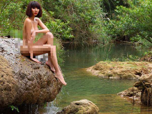 Cuộc sống làm mẹ đơn thân trên đất Mỹ của siêu mẫu từng khỏa thân bảo vệ môi trường - Ảnh 1.