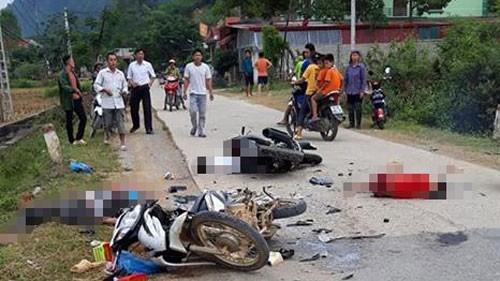 Va chạm kinh hoàng giữa 2 xe máy ở Lạng Sơn, 1 người tử vong, 4 người bị thương - Ảnh 1.