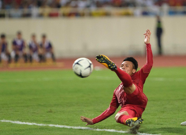 Việt Nam 1-0 Malaysia: Quang Hải ghi bàn đẳng cấp - Ảnh 11.