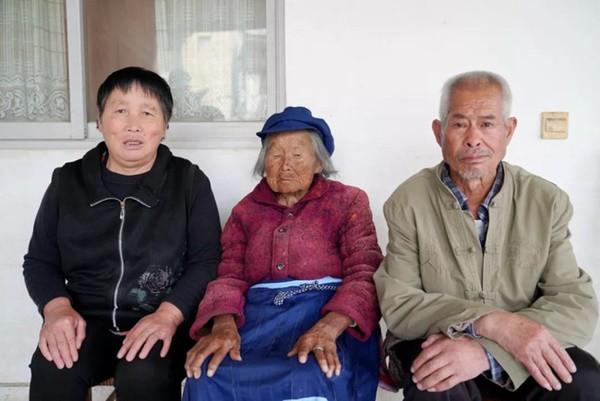 Cụ bà 107 tuổi, chỉ phải đi viện 2 lần trong đời tiết lộ bí quyết sống khỏe nhờ ăn loại quả này mỗi ngày - Ảnh 4.