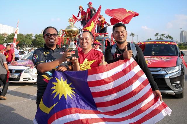 Việt Nam 1-0 Malaysia: Quang Hải ghi bàn đẳng cấp - Ảnh 35.