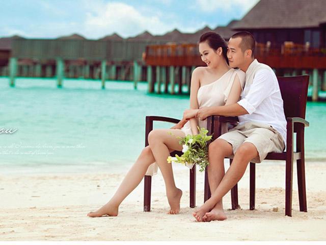 """""""Gái hai con"""" Phạm Ngọc Thạch diện bikini khoe vóc dáng gợi cảm trên biển  - Ảnh 7."""
