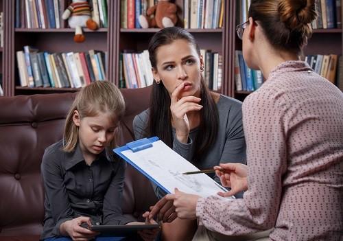 Chín kiểu phụ huynh khiến giáo viên mệt mỏi  - Ảnh 1.