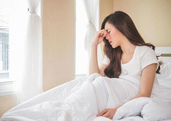 5 triệu chứng xuất hiện sau khi thức dậy vào buổi sáng là dấu hiệu của nhiều bệnh nghiêm trọng - Ảnh 1.