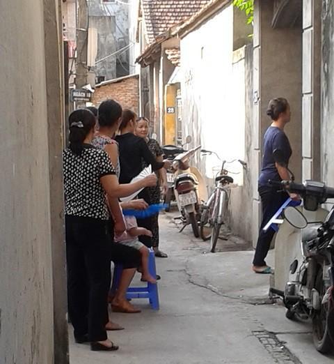 Truy tố người bố pha thuốc sâu vào nước ngọt đầu độc 2 con ruột ở Hà Nội - Ảnh 3.