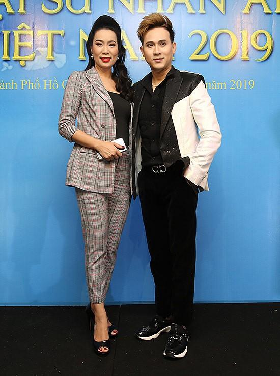 Lâm Khánh Chi thay 3 trang phục trong sự kiện - Ảnh 8.