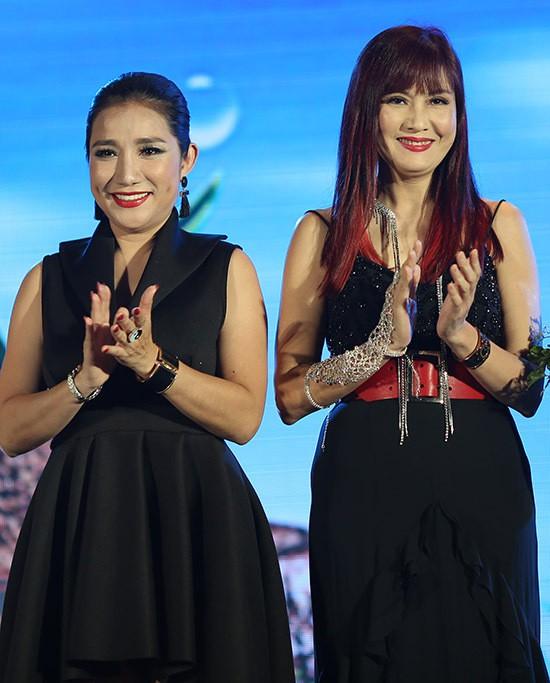 Lâm Khánh Chi thay 3 trang phục trong sự kiện - Ảnh 10.