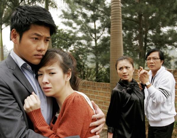 Diệu Hương Hoa hồng trên ngực trái: Gái Thành Nam làm dâu trưởng phố cổ Hà Thành - Ảnh 1.