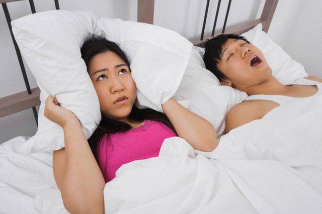 Ngủ như thế này dễ chết nhanh hơn ung thư, đặc biệt điều cuối rất nhiều người mắc  - Ảnh 2.