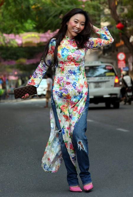 Không chỉ ca sĩ người Mỹ, mỹ nhân Việt cũng từng bị chỉ trích dữ dội vì mặc áo dài phản cảm - Ảnh 9.