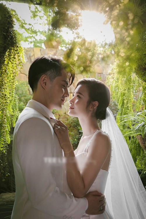 Ảnh cưới của Đông Nhi - Ông Cao Thắng - Ảnh 3.