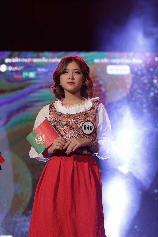 Nữ sinh năm thứ nhất đăng quang Hoa khôi ĐH Hà Nội 2019  - Ảnh 13.