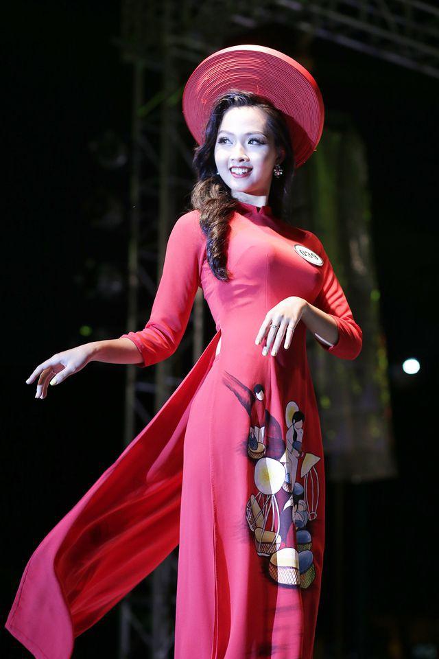 Nữ sinh năm thứ nhất đăng quang Hoa khôi ĐH Hà Nội 2019  - Ảnh 5.