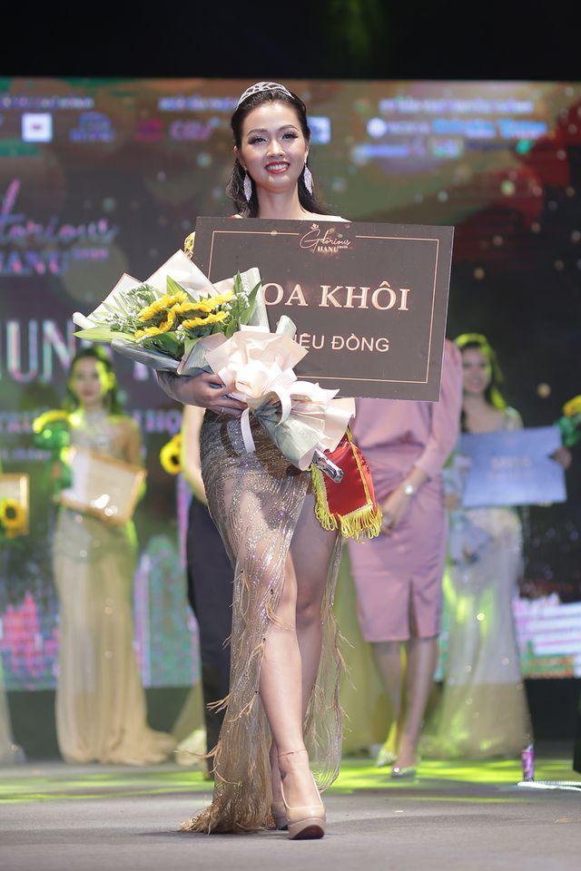 Nữ sinh năm thứ nhất đăng quang Hoa khôi ĐH Hà Nội 2019  - Ảnh 8.
