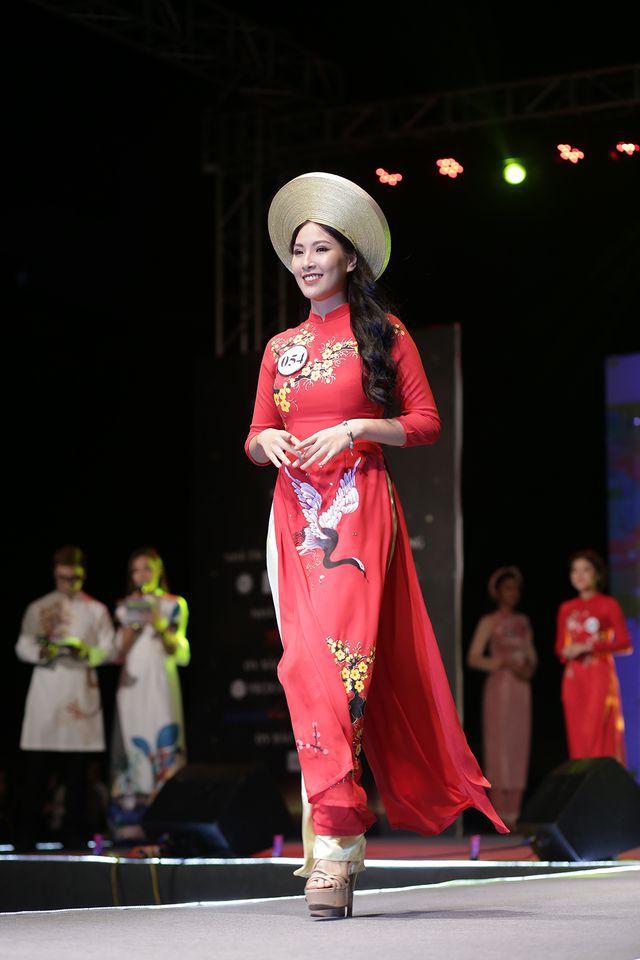 Nữ sinh năm thứ nhất đăng quang Hoa khôi ĐH Hà Nội 2019  - Ảnh 11.