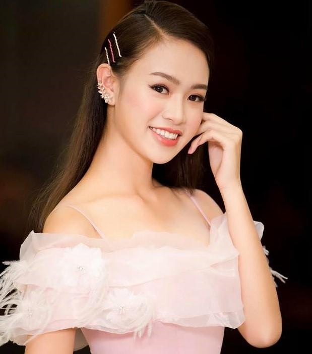 9X từng thi Hoa hậu Việt Nam tốt nghiệp xuất sắc ĐH Ngoại thương - Ảnh 9.