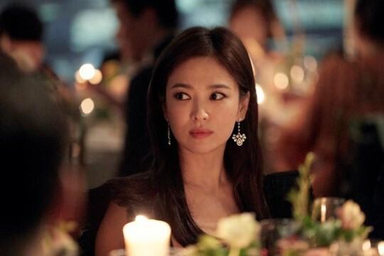 Song Hye Kyo bị chỉ trích nói dối - Ảnh 3.