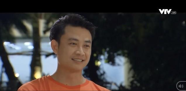 Những nhân viên gương mẫu tập 43: Bị từ chối tình cảm, Nguyệt hỏi thẳng Phong có phải thích Chi - Ảnh 1.