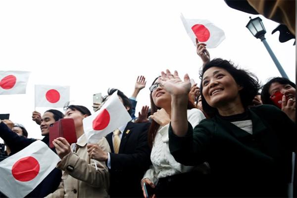 Biểu cảm trang nghiêm đầy xúc cảm của vợ chồng Nhật hoàng trong lễ đăng cơ ngày 22/10 - Ảnh 9.