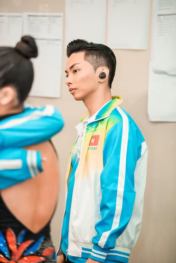 Vợ chồng Khánh Thi - Phan Hiển stress nặng vì không có thời gian chăm 2 con nhỏ - Ảnh 2.