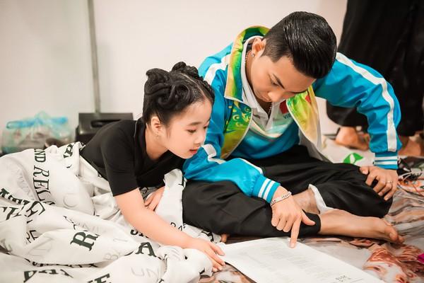 Vợ chồng Khánh Thi - Phan Hiển stress nặng vì không có thời gian chăm 2 con nhỏ - Ảnh 3.