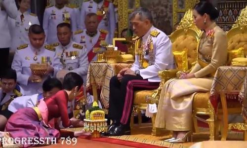 Vua Thái phế truất hoàng quý phi - Ảnh 2.