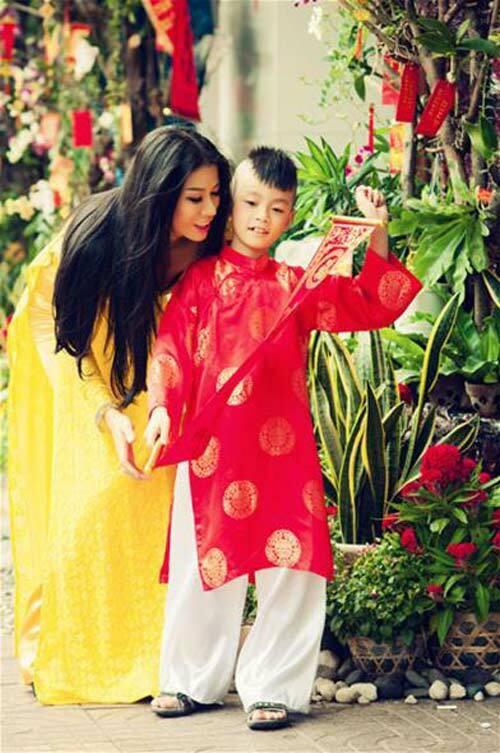 Hành trình Trang Trần 10 năm làm mẹ cậu bé khuyết tật - Ảnh 5.