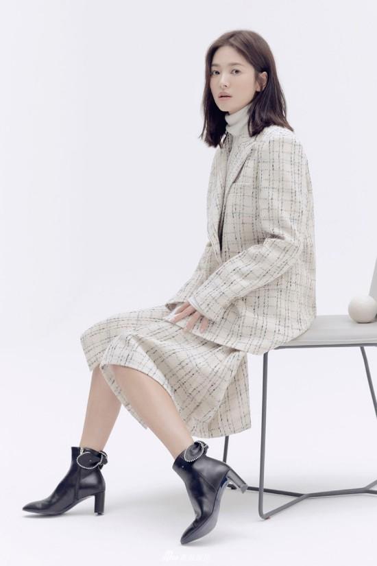 Song Hye Kyo kín cổng cao tường sau sự nói dối - Ảnh 2.