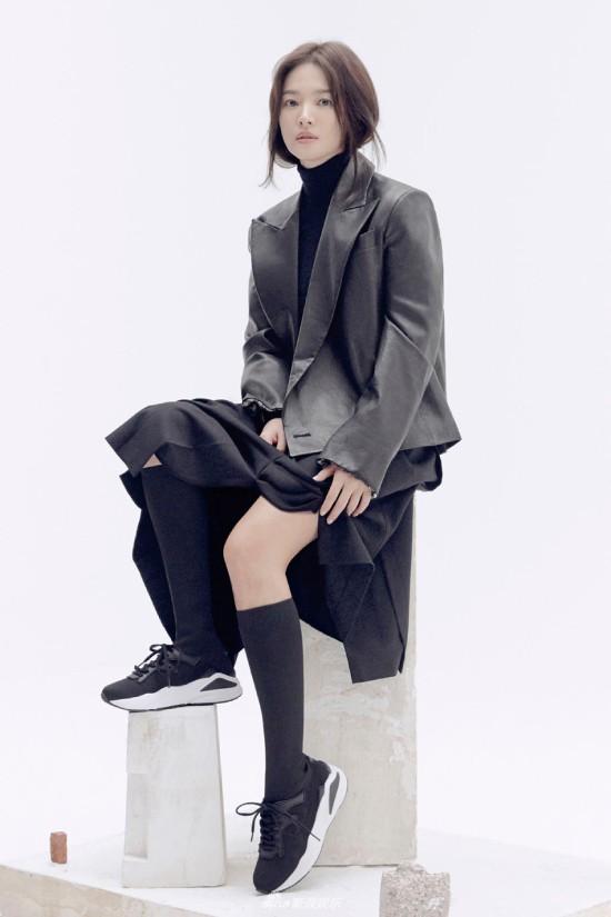 Song Hye Kyo kín cổng cao tường sau sự nói dối - Ảnh 3.