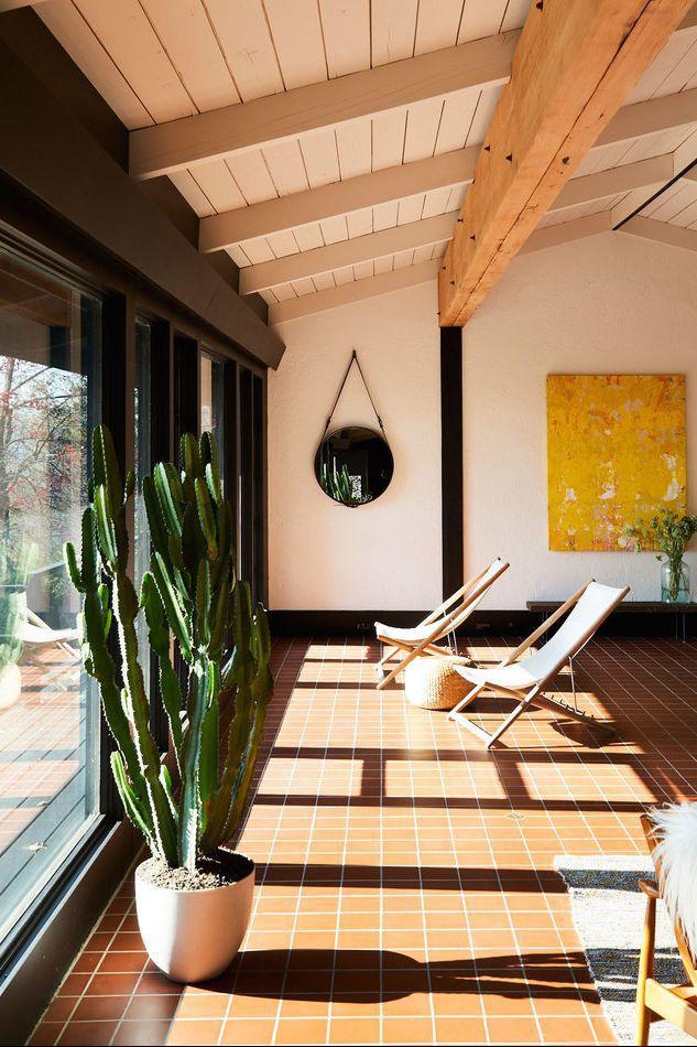 Dù chỉ sở hữu một không gian nhỏ xíu vẫn có vô vàn cách sáng tạo để trồng cây xanh - Ảnh 7.