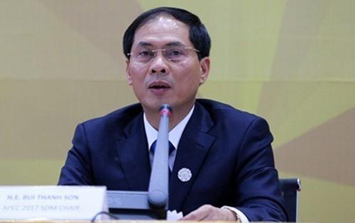 Thứ trường Bộ Ngoại giao: Anh gửi hồ sơ 4 nạn nhân tử vong trong xe lạnh cho Việt Nam - Ảnh 2.