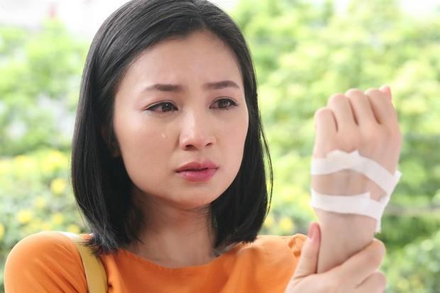 Bố Diệu Hương Hoa hồng trên ngực trái đột ngột qua đời, Văn Mai Hương và loạt sao Việt gửi lời chia buồn sâu sắc - Ảnh 4.